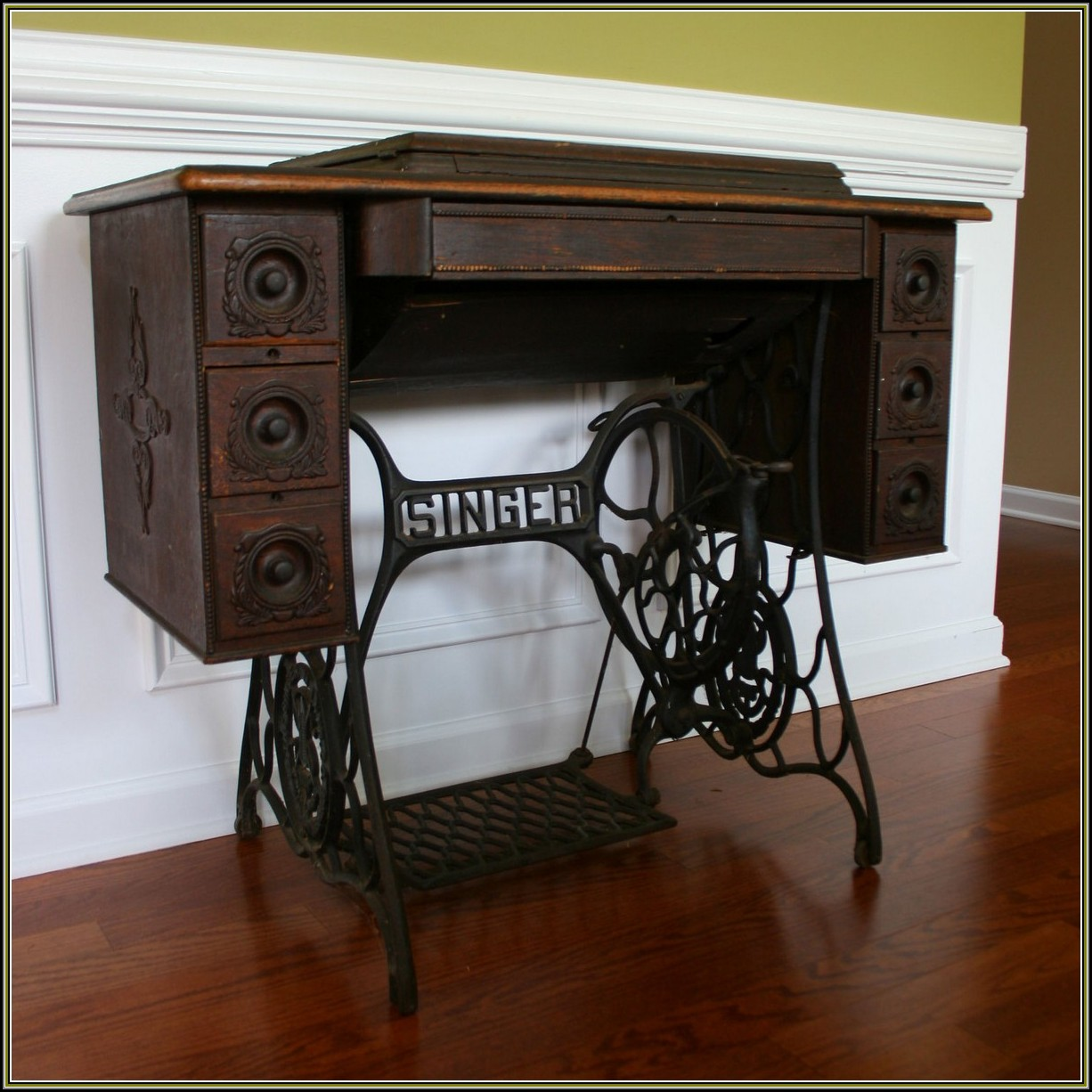 Singer Sewing Machine Cabinets 1950s