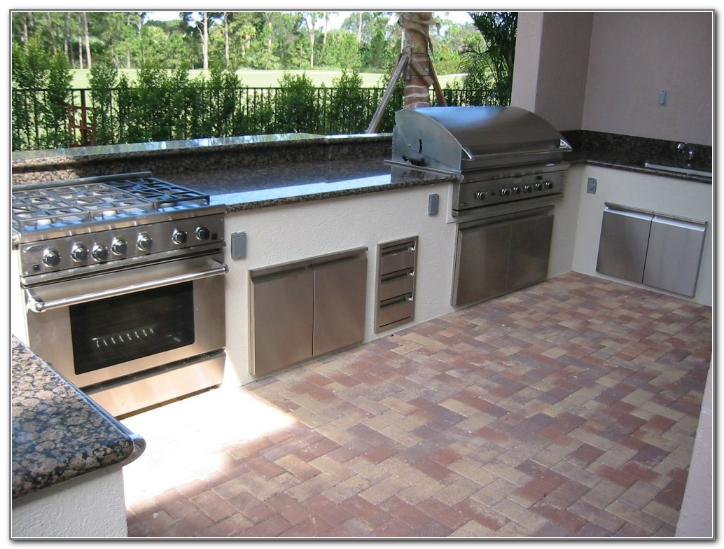 Outdoor Kitchen With Pizza Oven Plans