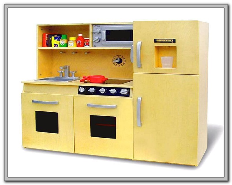 Wooden Kitchen Playsets For Toddlers