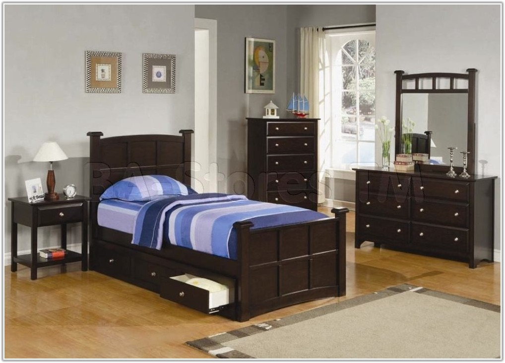 Twin Bedroom Sets For Small Spaces