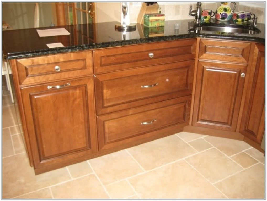 Cabinet Pulls And Knobs Placement