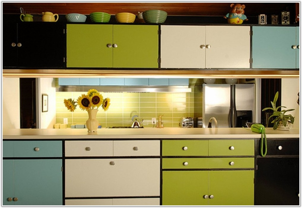 Can You Change Color Of Kitchen Cabinets
