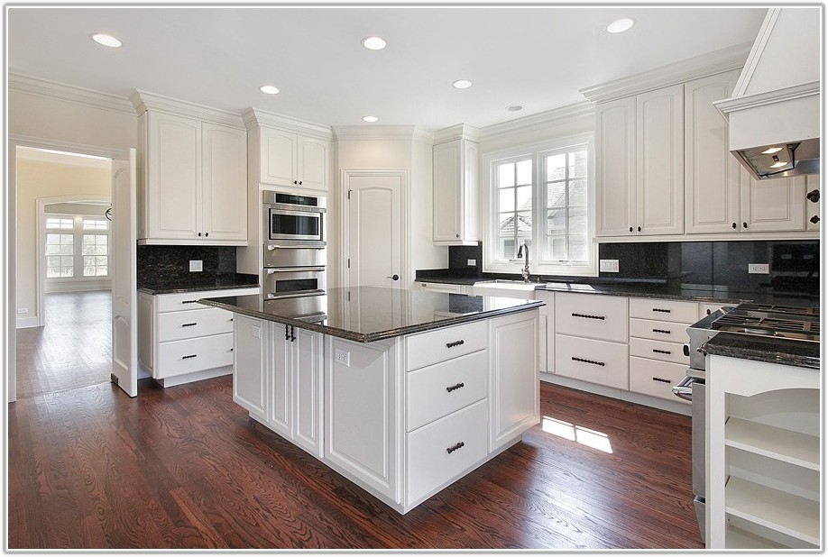 Kitchen Cabinets And Hardware Photos