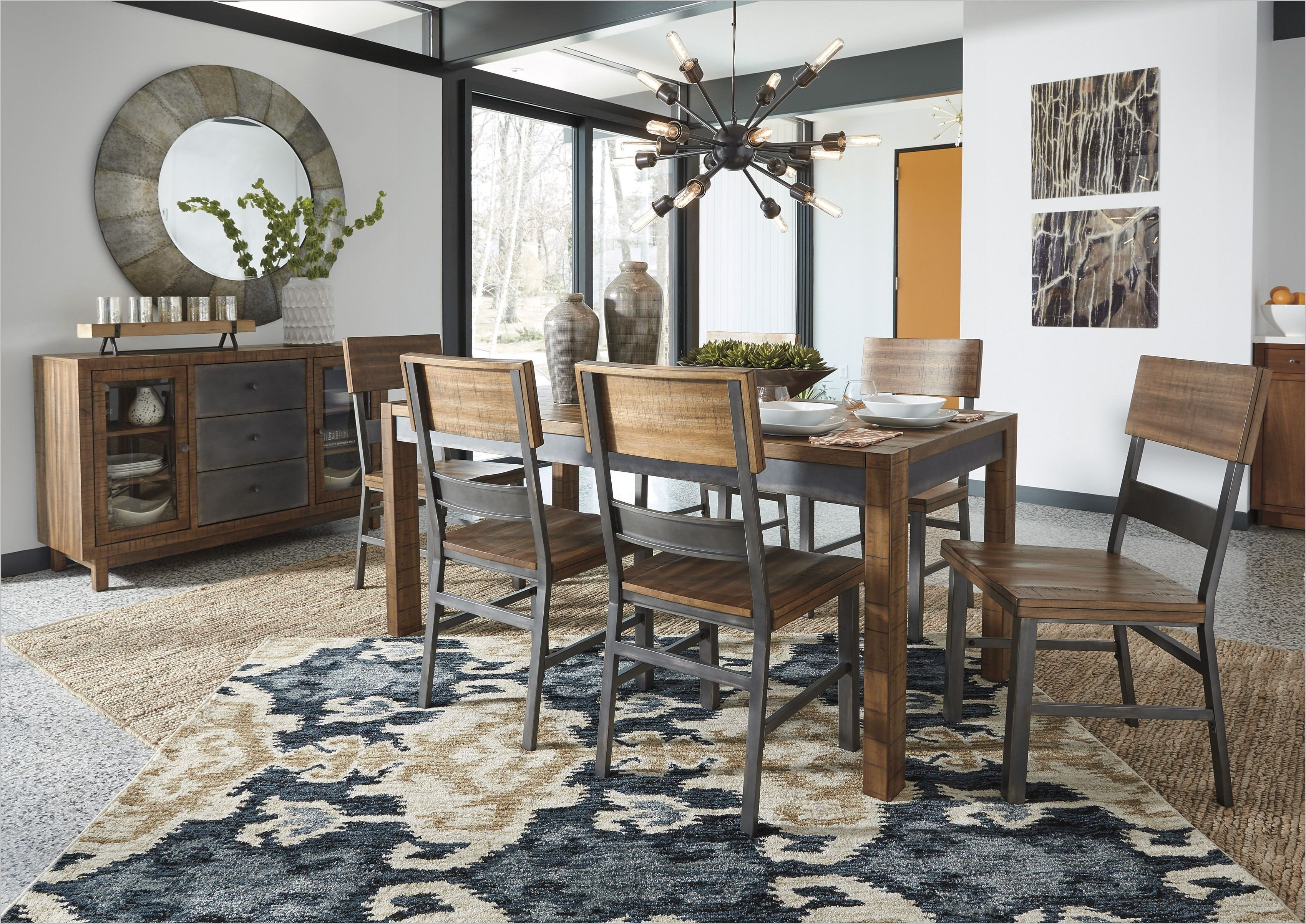 Harlynx 5 Piece Dining Room